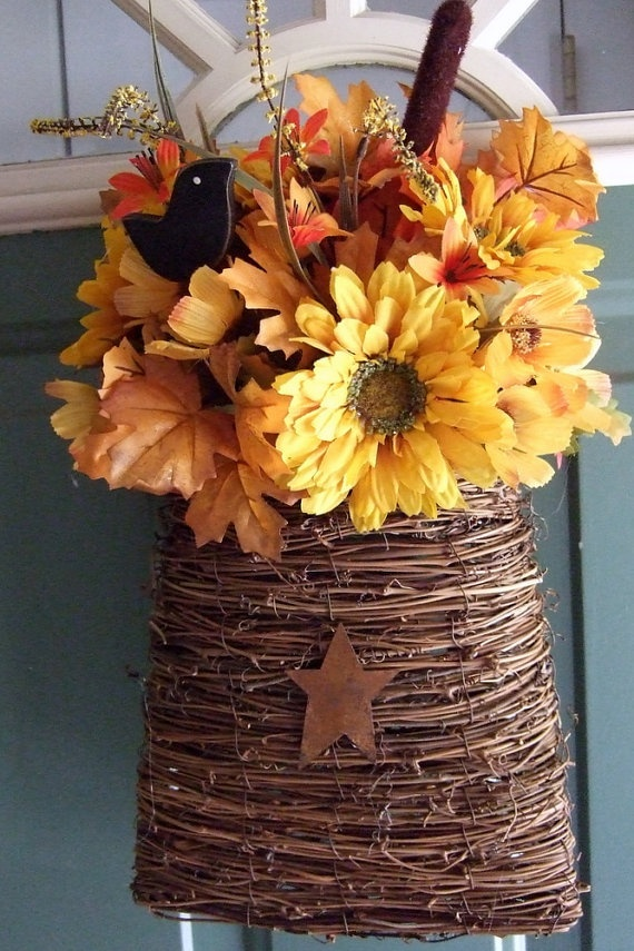 25 Best Ideas About Fall Hanging Baskets On Pinterest