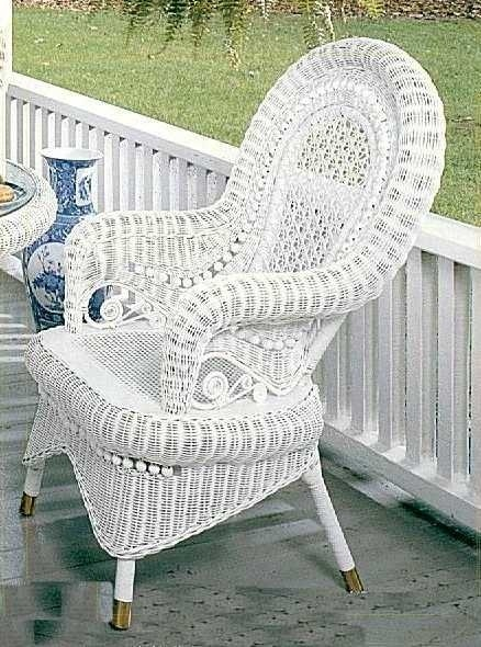 25 Best Ideas About Old Wicker Chairs On Pinterest Old