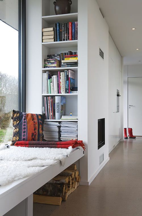 25 Best Ideas About Modern Window Seat On Pinterest