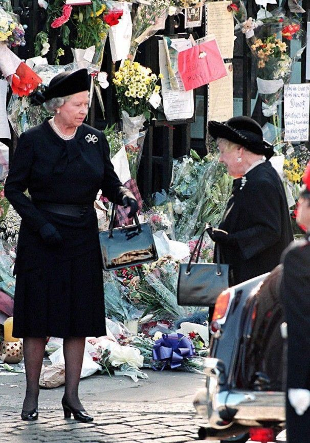 Queen Elizabeth II celebrates 85th birthday A photo