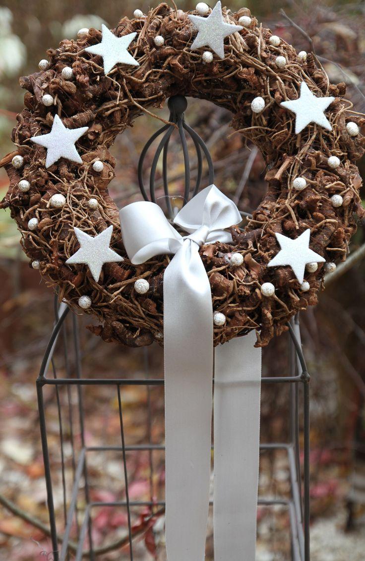 V 225 Nočn 237 Věnec Průměr 33 Cm Věnce Pinterest Wreaths