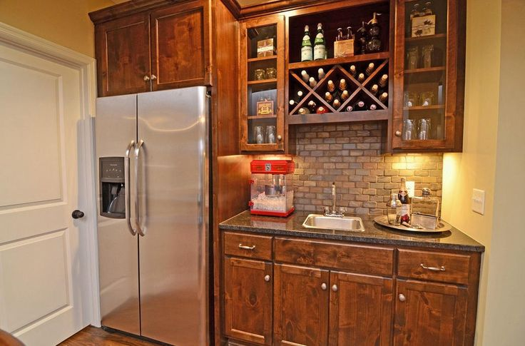 25+ Best Ideas About Small Basement Bars On Pinterest