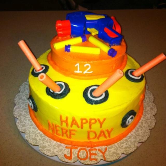 Joey S Nerf Gun Cake Kids Nerf Party Pinterest Guns