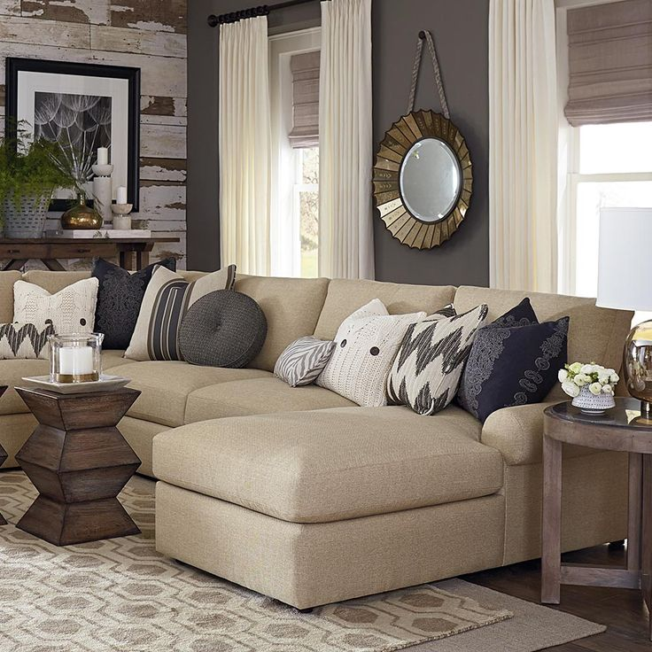 Sutton U-Shaped Sectional by Bassett Furniture. Casual style and soft comfortable seating enhanced by blend down seat and back