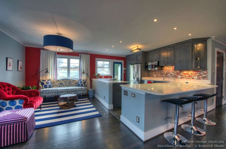#Kitchen Of The Day: Gray Kitchen With Red, White, And
