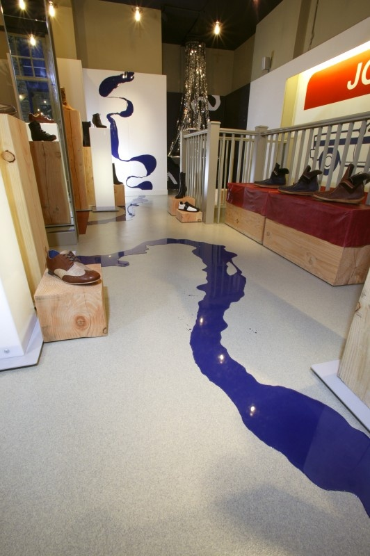 Altro Resin flooring at Journey Shoes takes the design all
