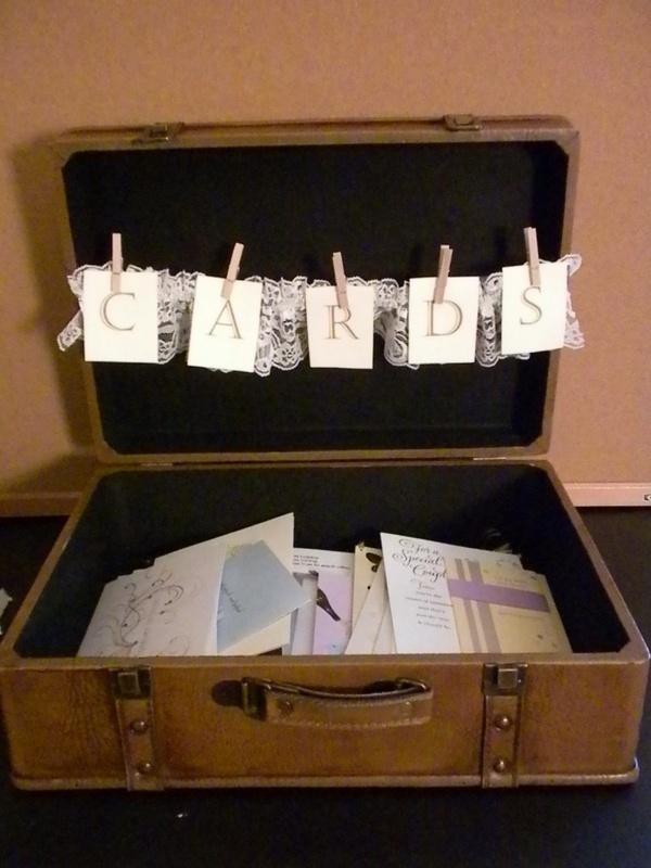 such a cute idea for graduation party card box if the grad