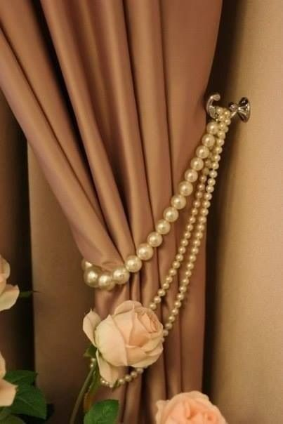 Glamorous curtains using thrift store pearls :-) - Cute for walk-in closet/dressing room