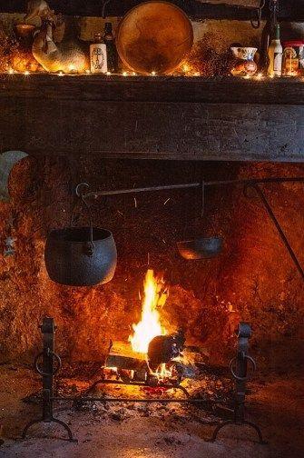 1000 Ideas About Primitive Fireplace On Pinterest