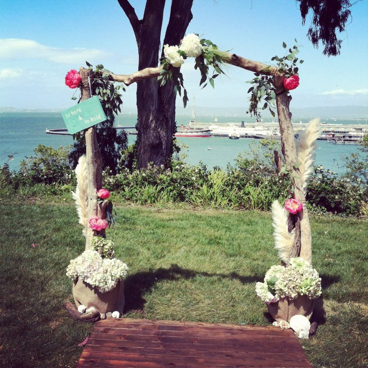 DIY driftwood arch by lovely little details DIY