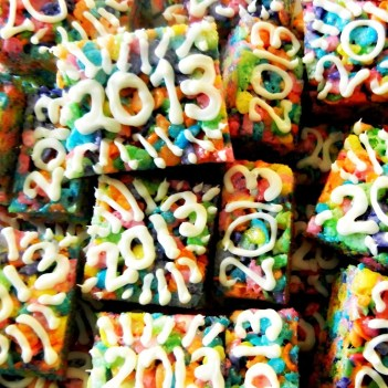 Last minute New Year's Eve Cereal Treats to ring in 13! (Sugar Swings):