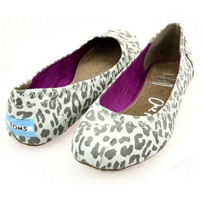 Toms Womens Leopard Flat Shoes