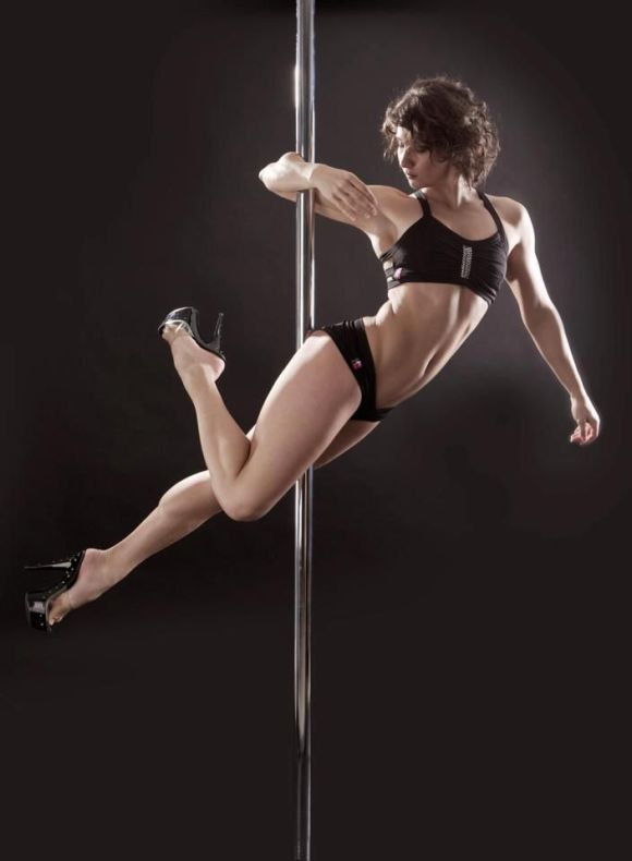 100+ best images about Pole Dancing (Painting Reference ...