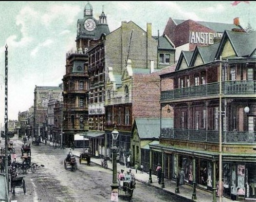 Old Johannesburg, showing Ansteys building. Old
