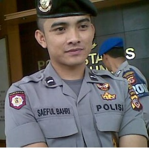 handsome policeman from Indonesia... | Men in Uniforms ...