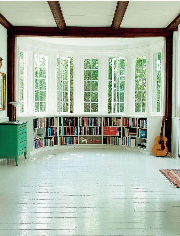 17 Best Ideas About Bay Window Bedroom On Pinterest Bay