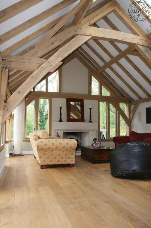 Barnroom Interior With Sling Brace Truss Green Oak House
