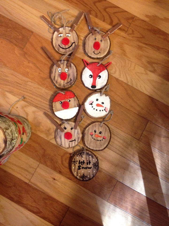 Wood slices ornaments Christmas fox reindeer Santa snowman