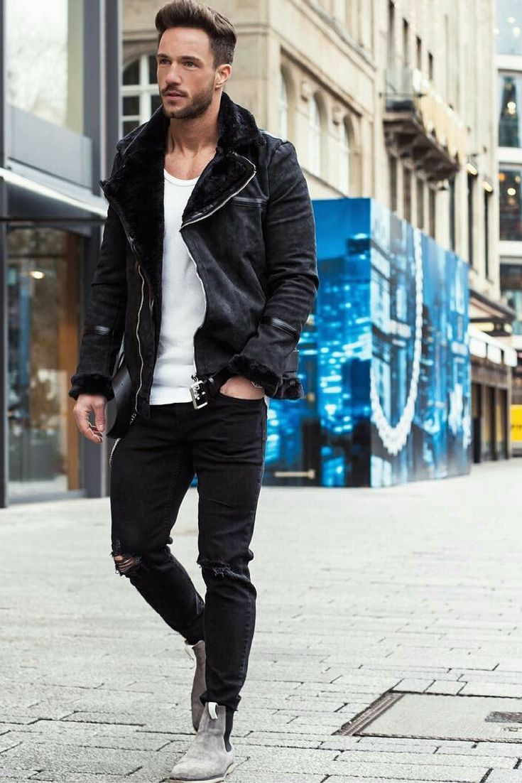 15 Coolest Ways To Wear Leather Jacket This Winter