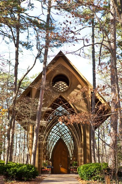 Gorgeous Real Chapel In Arkansas Glass With Wood Frame