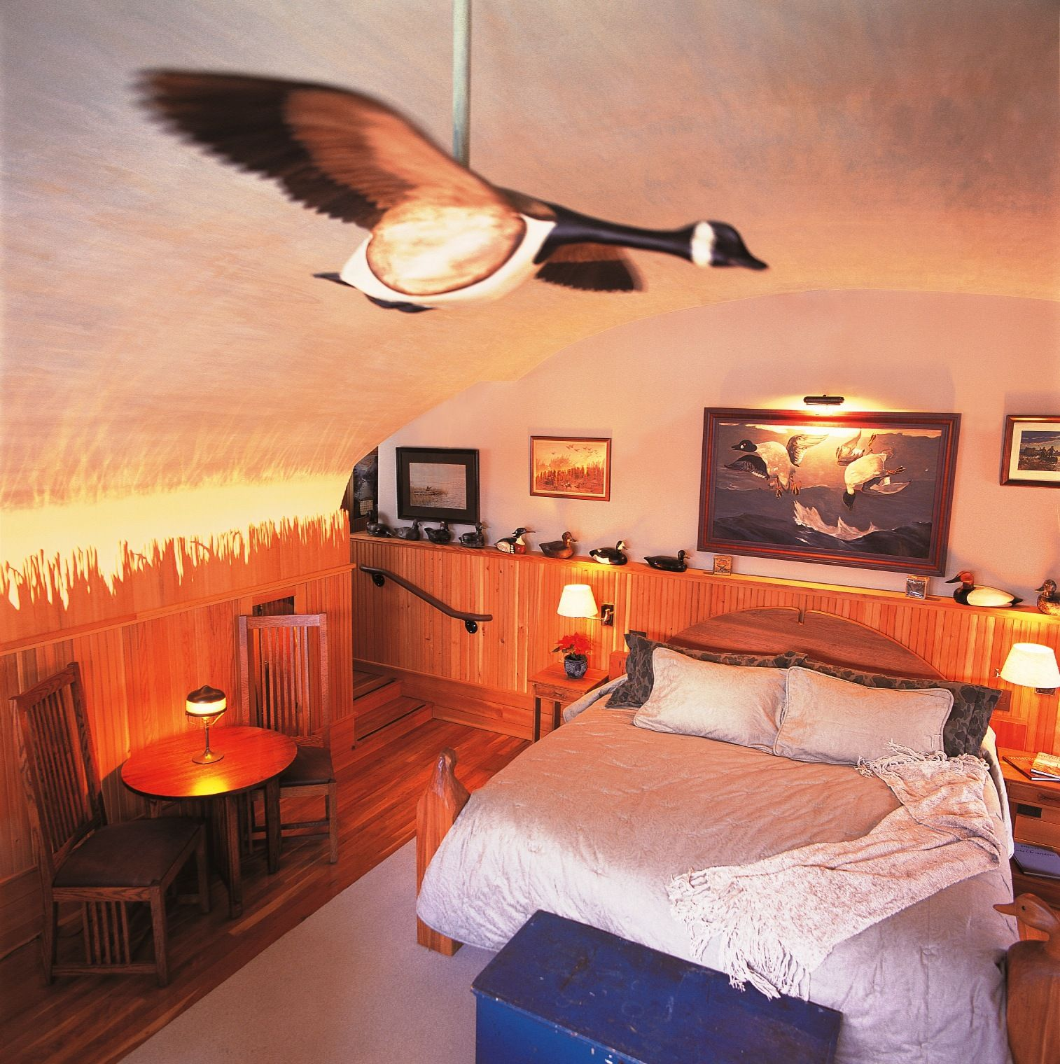 The Mallard Room Complete With Duck Blinds And Calls