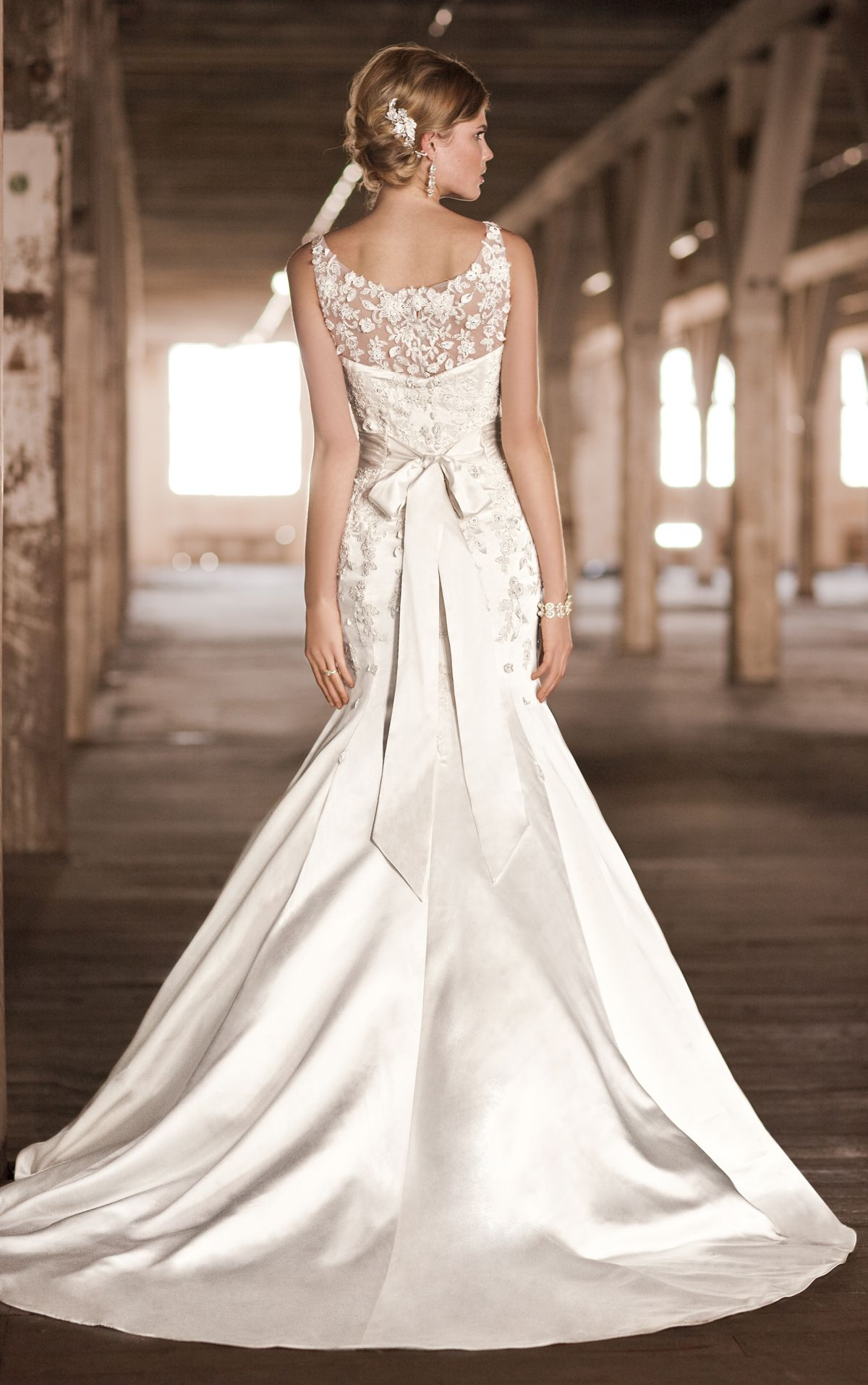 Vintage Fit and Flare Wedding Dress Cheap Vintage