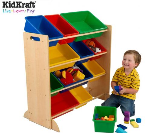 des etageres et du rangement pour les enfants