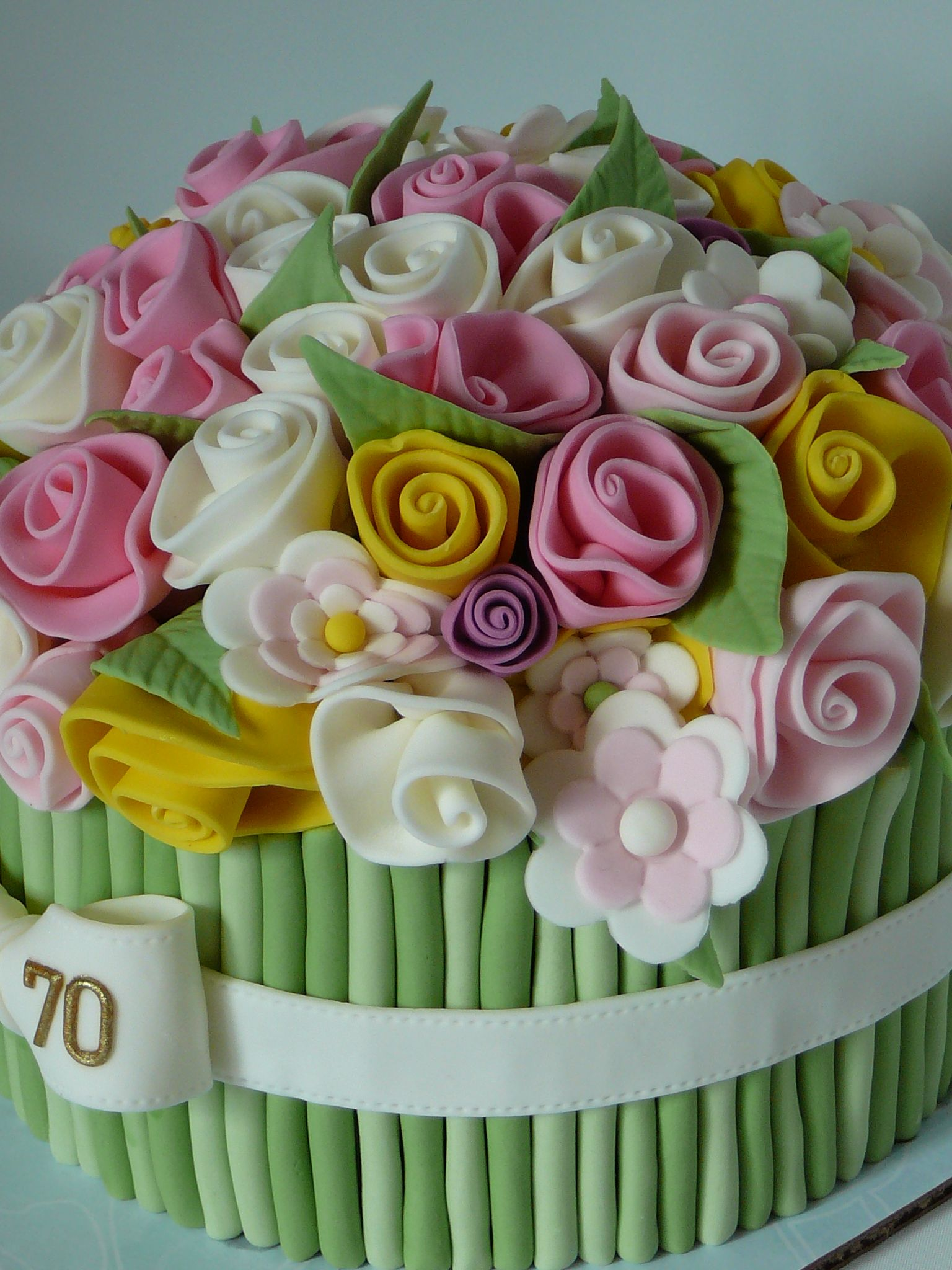 Flower bouquet cake I saw this design many times an