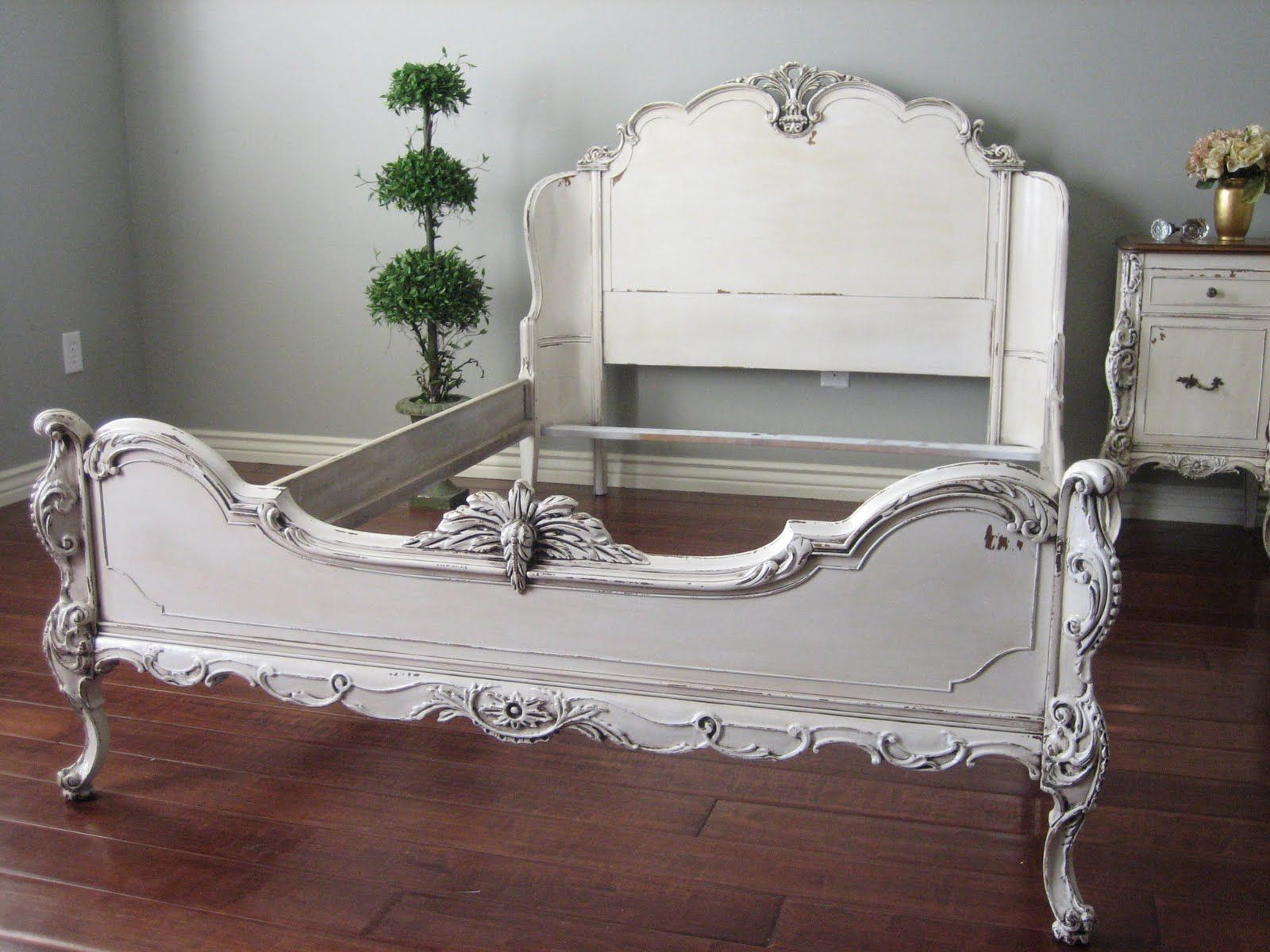 ornate bedroom furniture sets | includes: curved headboard