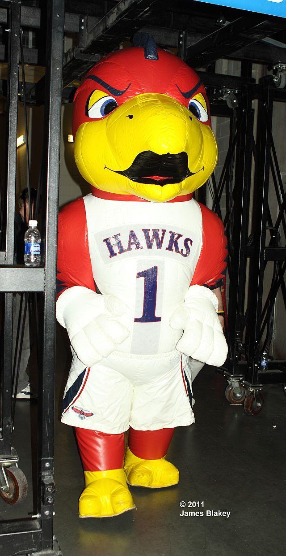 Inflatable counterpart of Atlanta Hawks mascot, Harry the