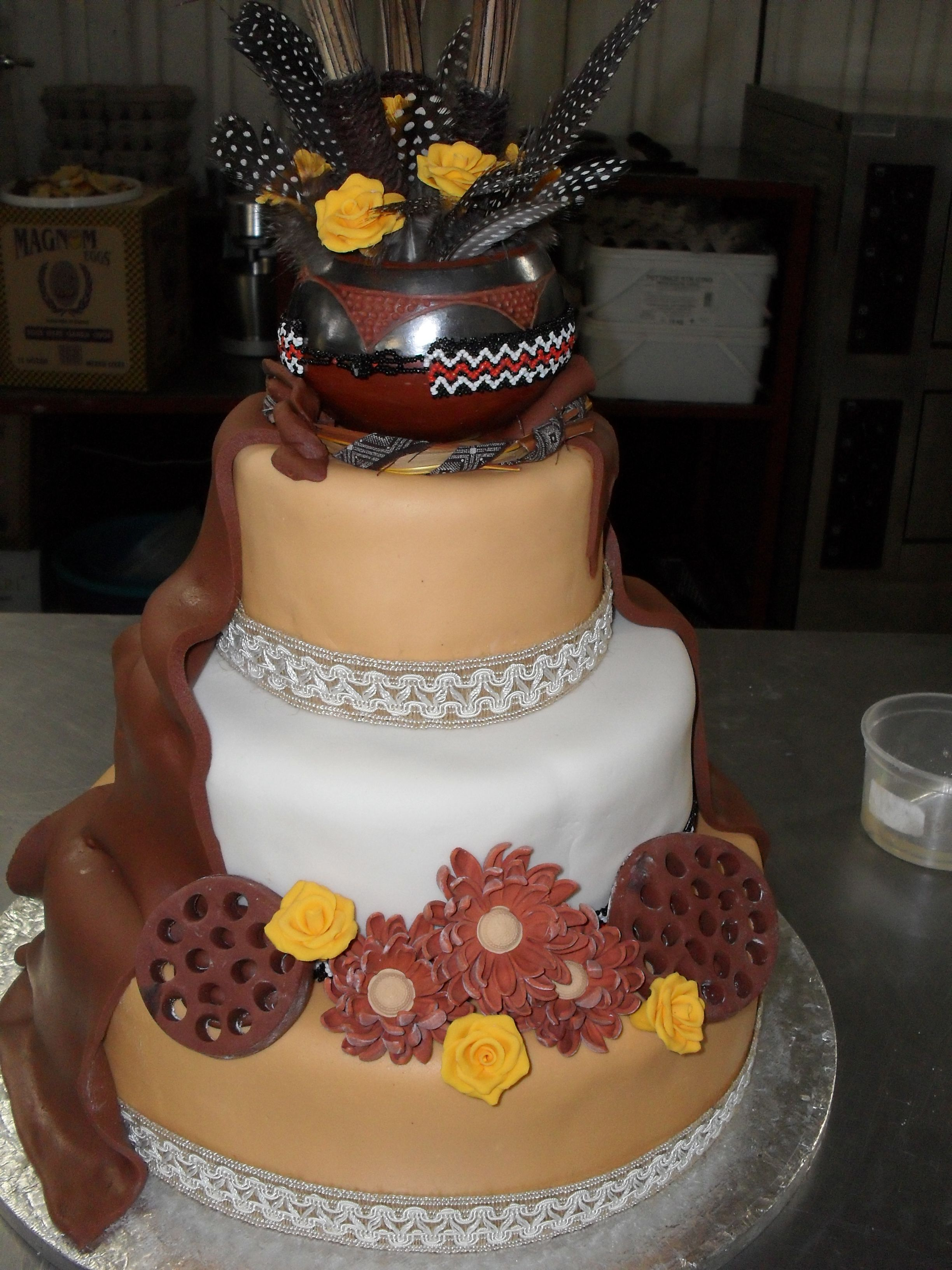 Beautiful African Wedding Cakes With African Traditional