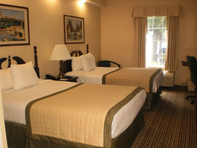 Welcome To Baymont Inn Suites Lakeland Hotel In Fl Find Photos Videos Rooms And Rates