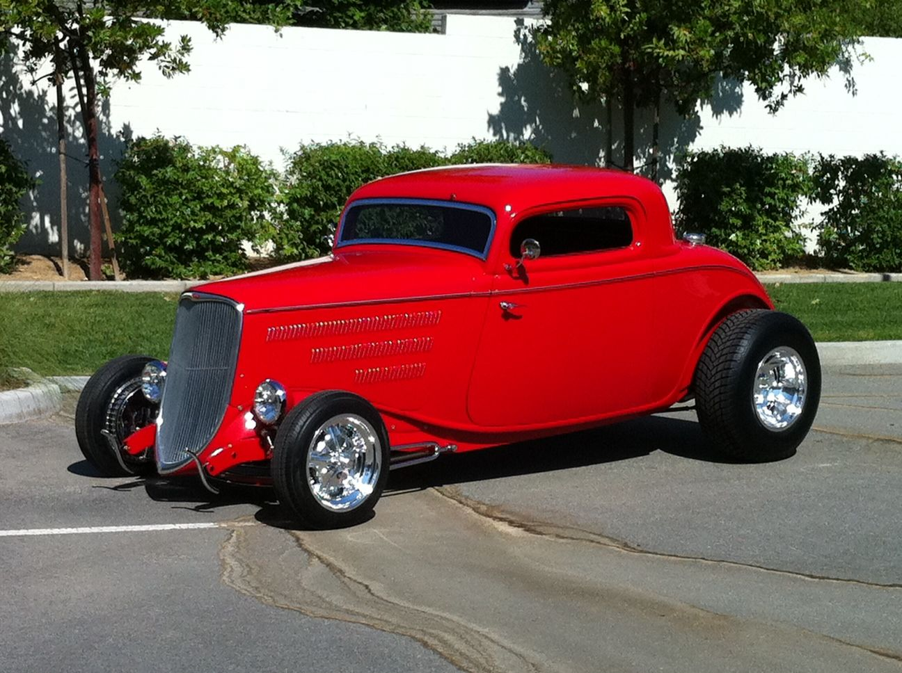 33 Ford Coupe! Now this is hot hot hot...anyone see ZZ Top