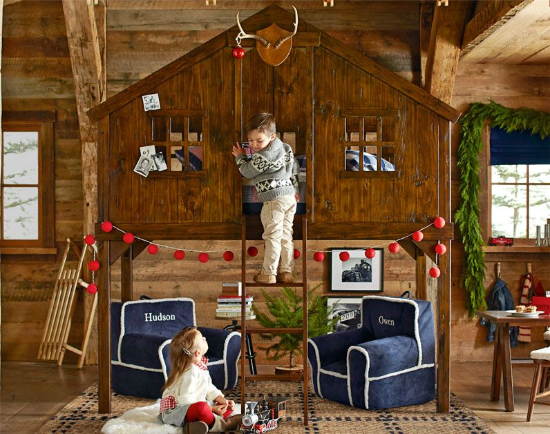 Tree House Bed With Christmas Decorations Girls