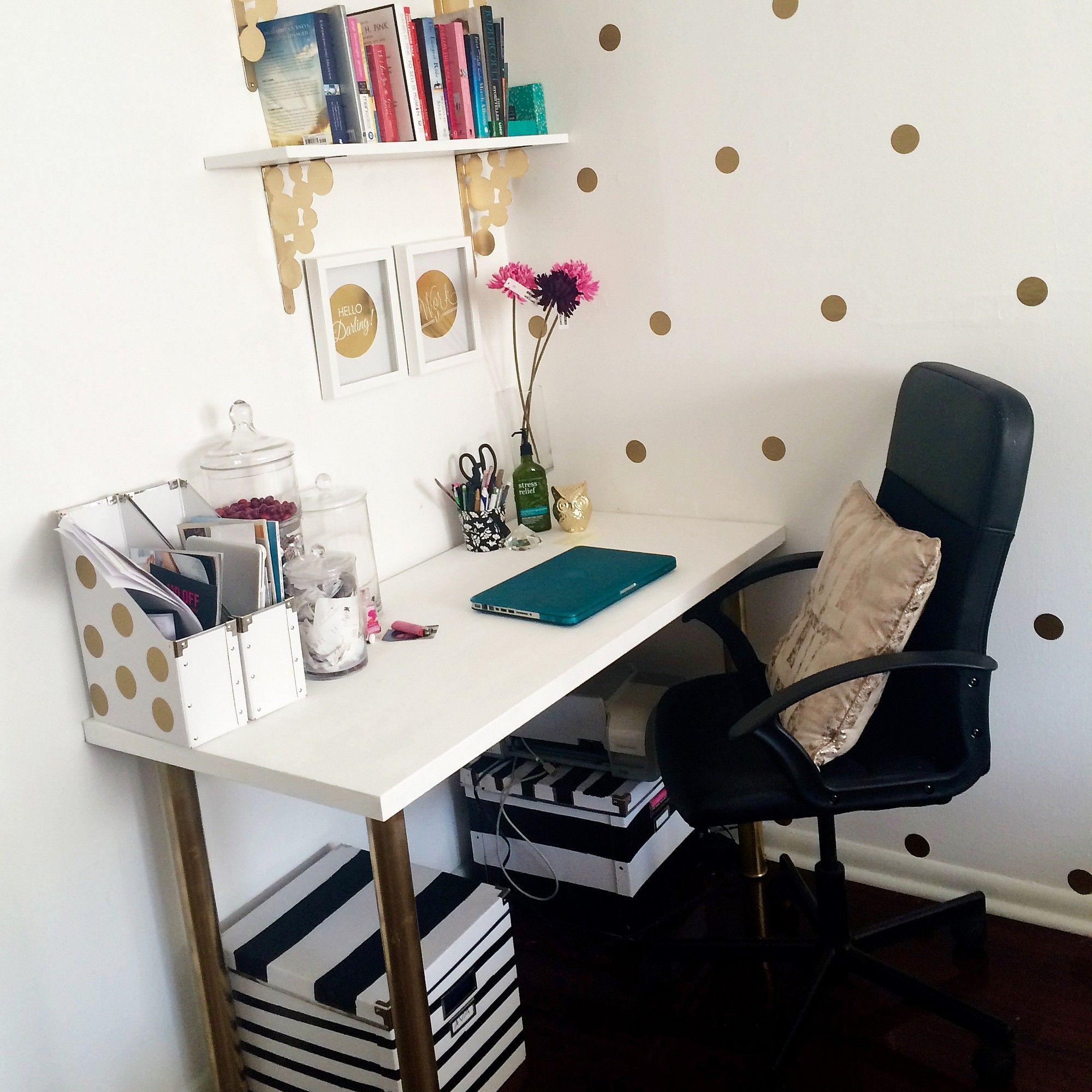 LINNMON ADILS IKEA White Table Corner Desk Decor