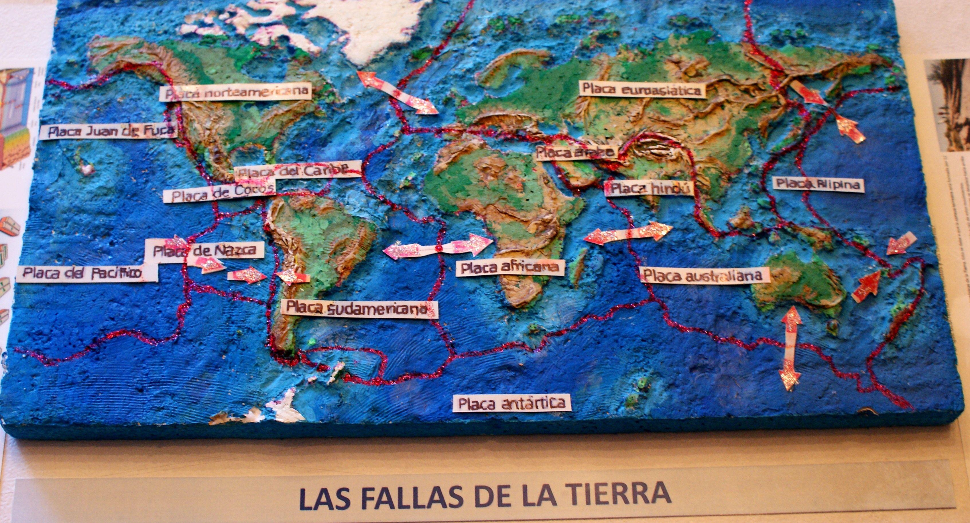 Maqueta De Las Placas De La Tierra Realizada En Base De