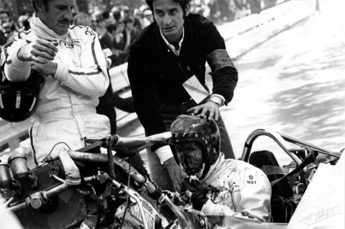 1969. Jochen Rindt's crash. LotusCosworth 49B. Graham