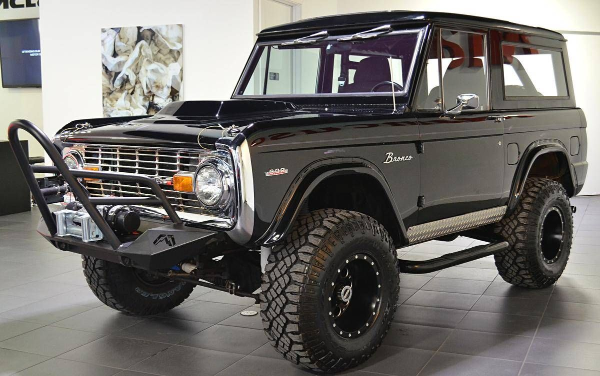 1970 Ford Bronco, Fuel off road wheels one revolver d525