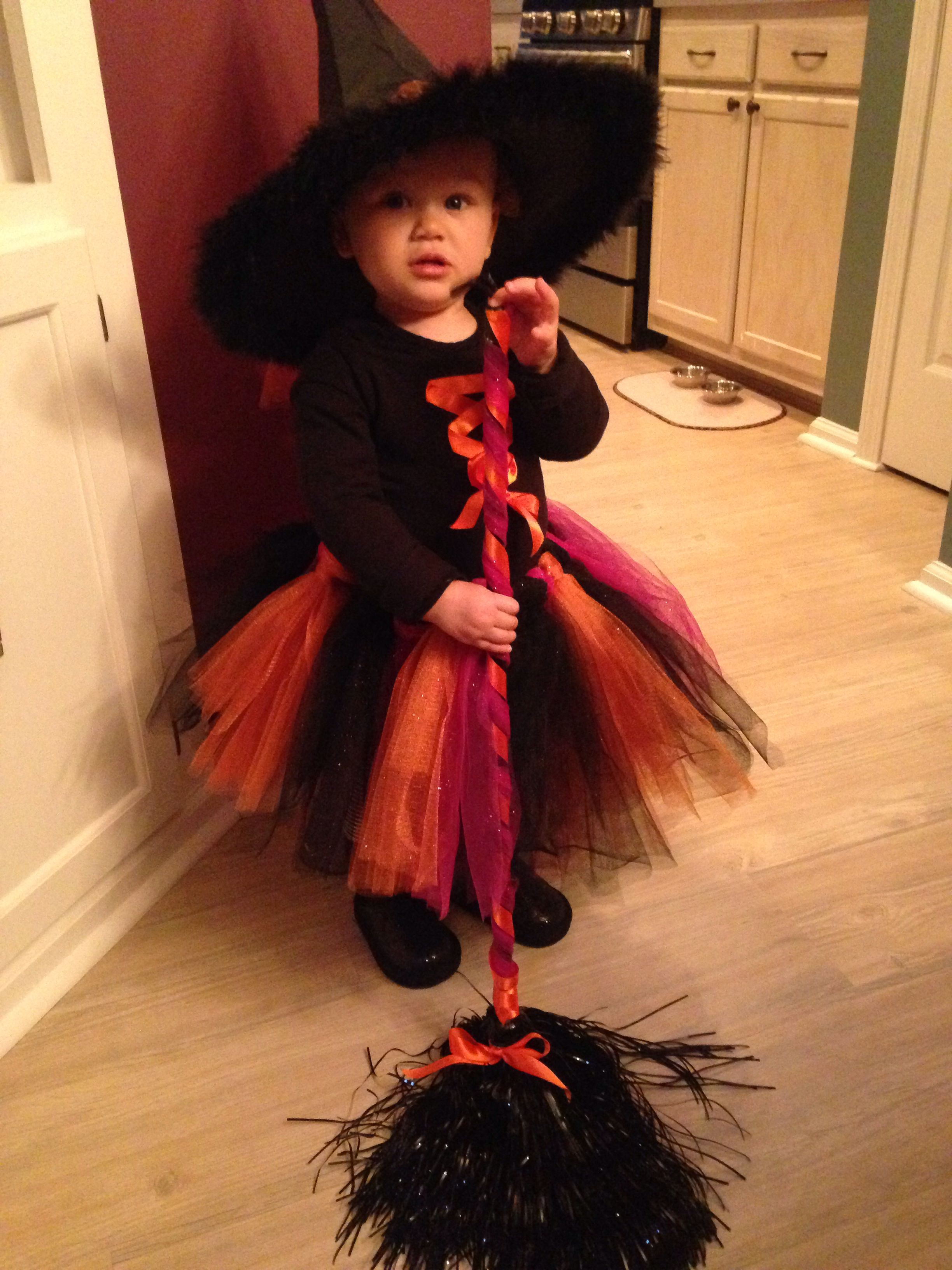 Toddler witch Halloween costume made for my niece Diy I