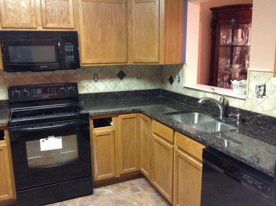 KitchenQuartz Countertops With Oak Black