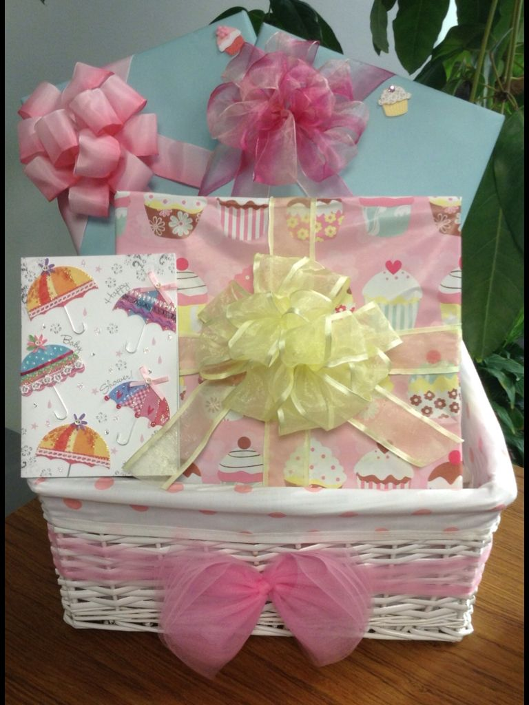 Baby shower gift basket gift wrapping ideas for baby