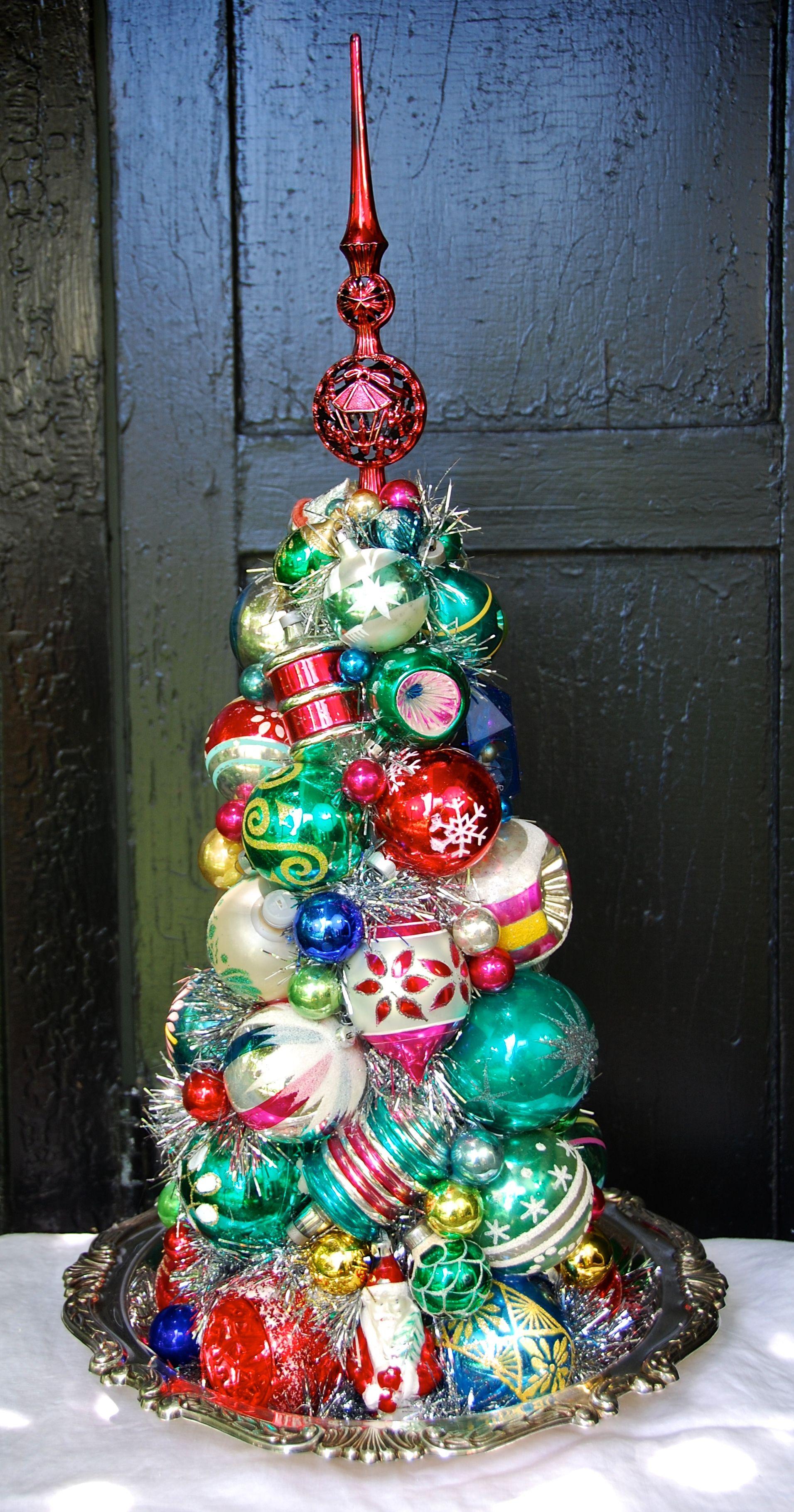 "Holiday Inn 241/2"" Tall 250 Christmas Pinterest"