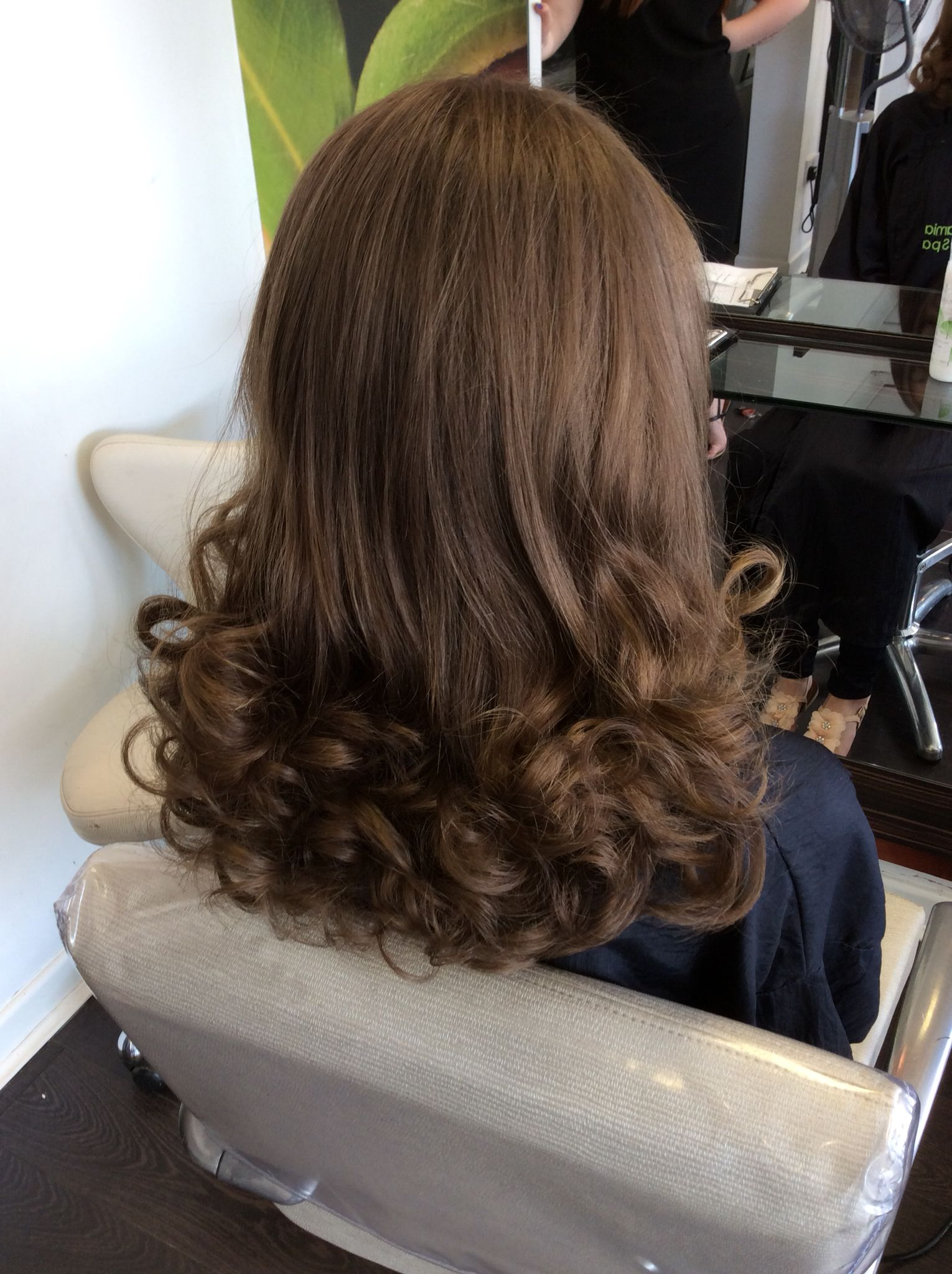Long grad at 45 degrees with curly blow Hairdressing