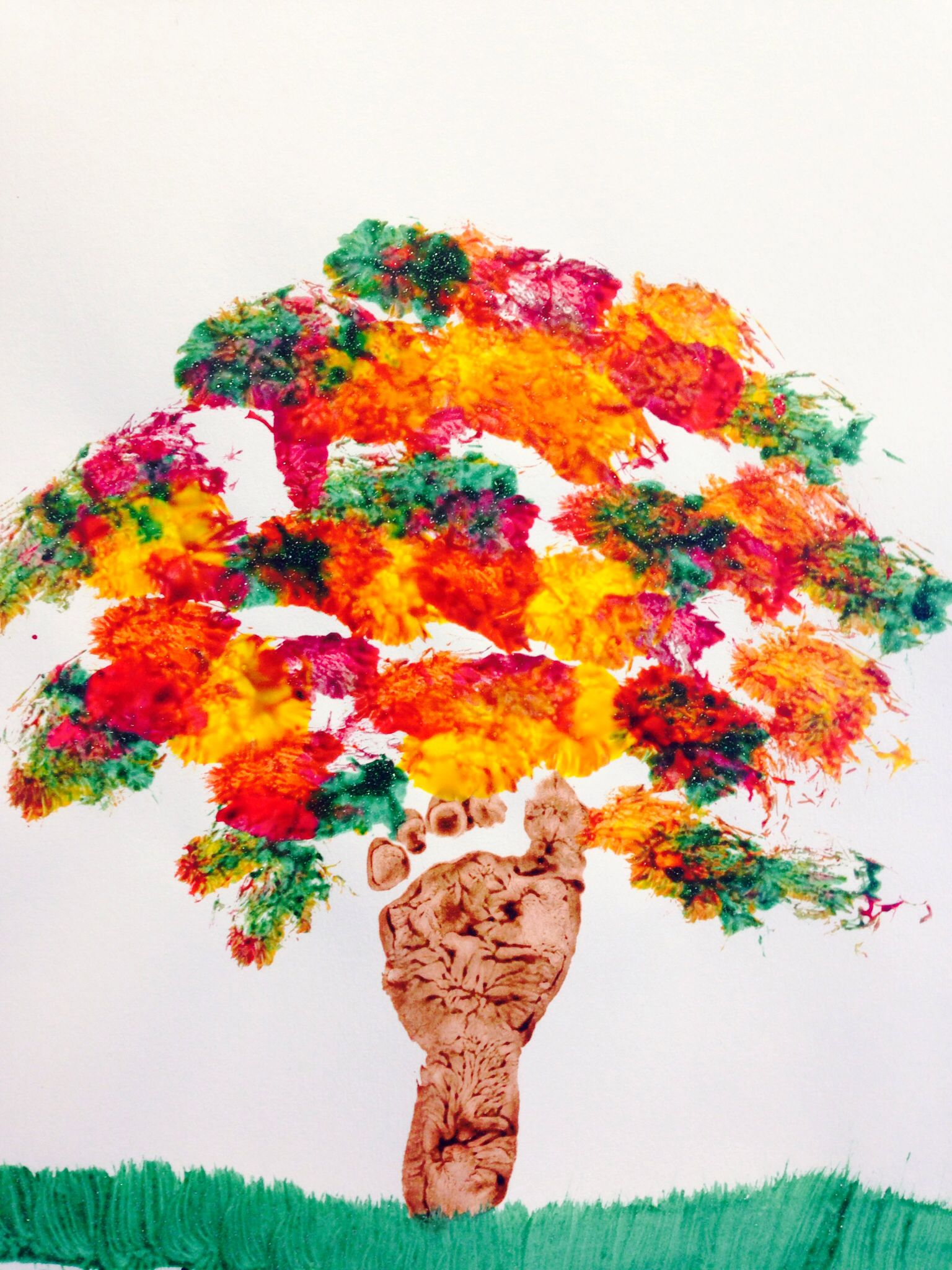 """Fall Tree"". Footprint tree for infants. My AtHome"