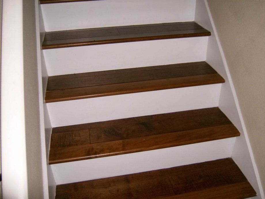 White Risers W Wood Stairs For The Home Pinterest   Wood Stairs With White Risers