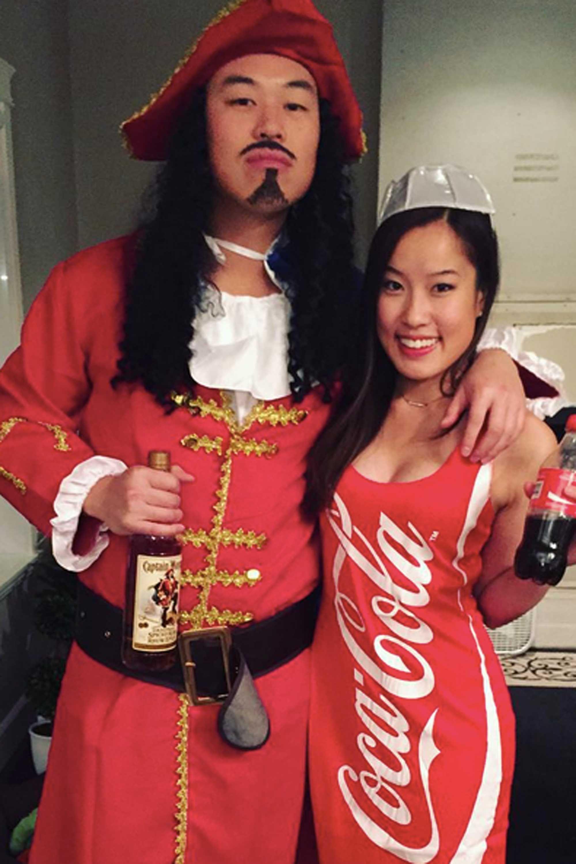 42 Adorably Cheesy Couples Halloween Costumes Coke