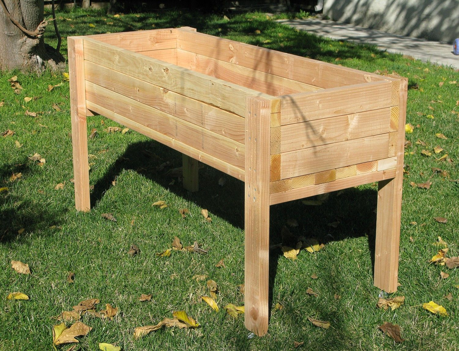 Living Green Planters Portable Elevated Planter Box I