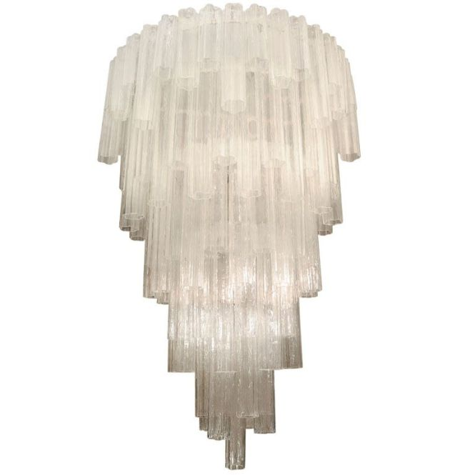 This Chandelier Is To 4 Only 8800 Meh No Gie