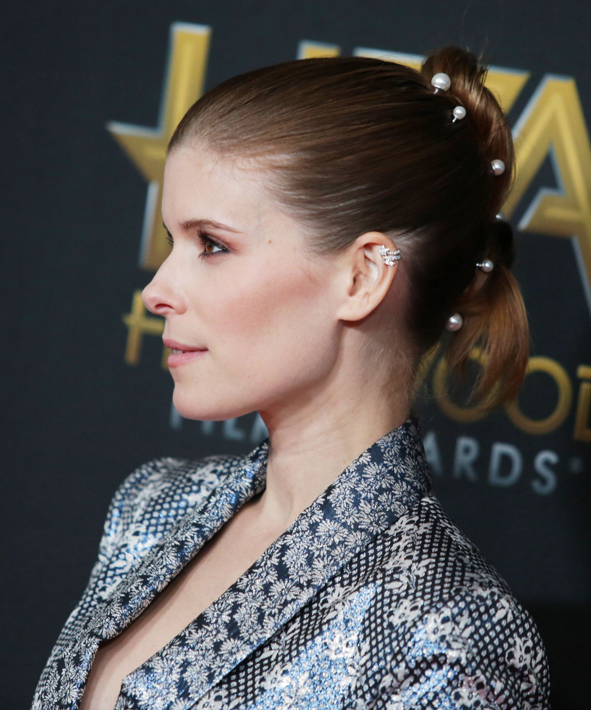 Hollywood Is Loving This Minimalist Hair Trend