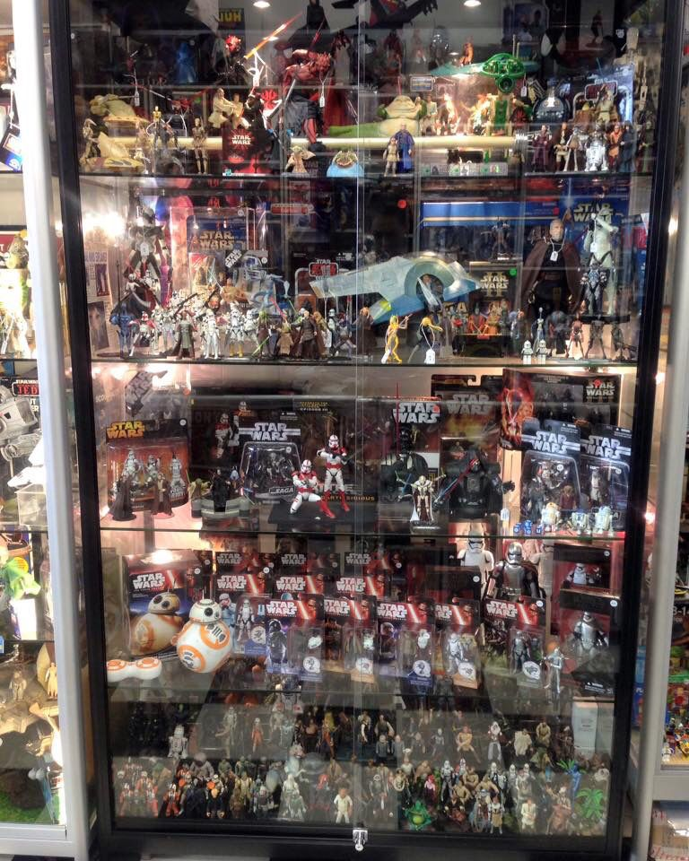 Awesome Star Wars Display at Lobos Collectables